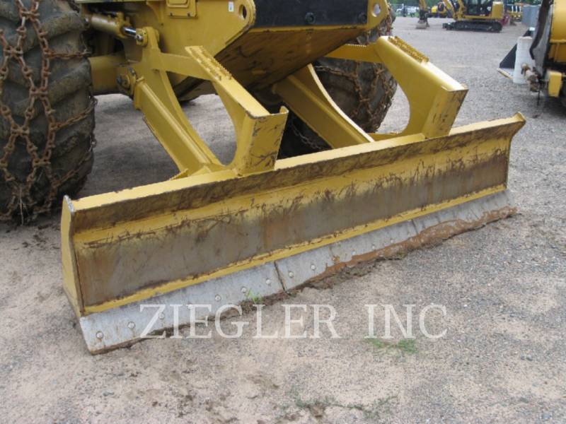 CATERPILLAR FORSTWIRTSCHAFT - HOLZRÜCKER 525D equipment  photo 7