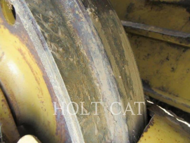 CATERPILLAR TRACK TYPE TRACTORS D4G equipment  photo 14