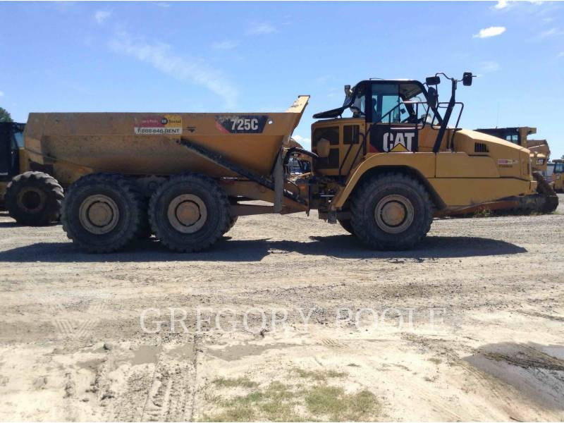 CATERPILLAR TOMBEREAUX ARTICULÉS 725C equipment  photo 8