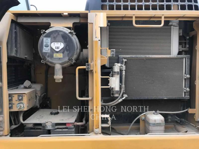 CATERPILLAR KETTEN-HYDRAULIKBAGGER 320D2 equipment  photo 14