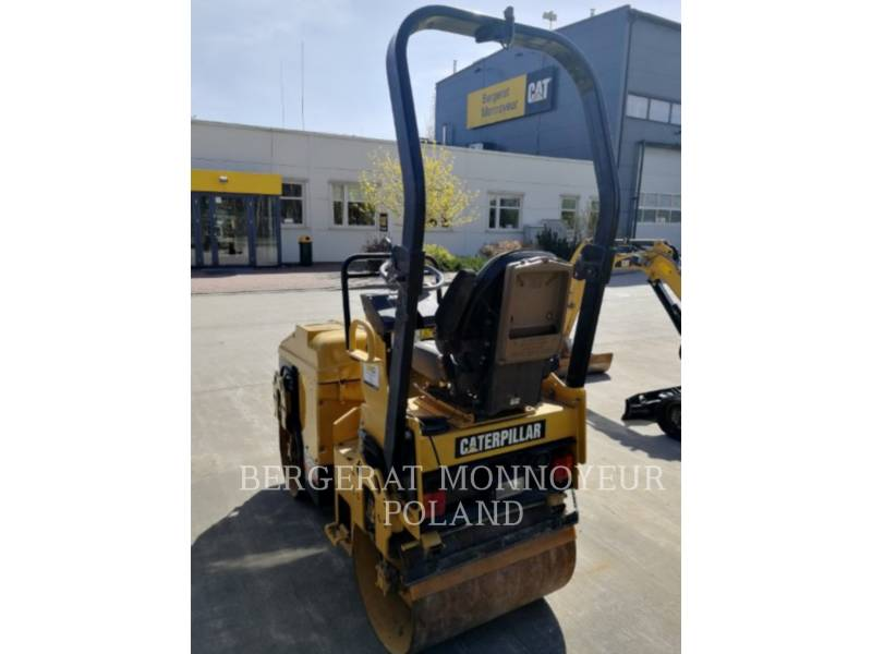 CATERPILLAR COMPACTADORES CB-114 equipment  photo 4