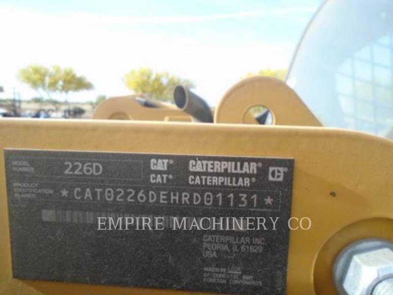 CATERPILLAR KOMPAKTLADER 226D equipment  photo 6
