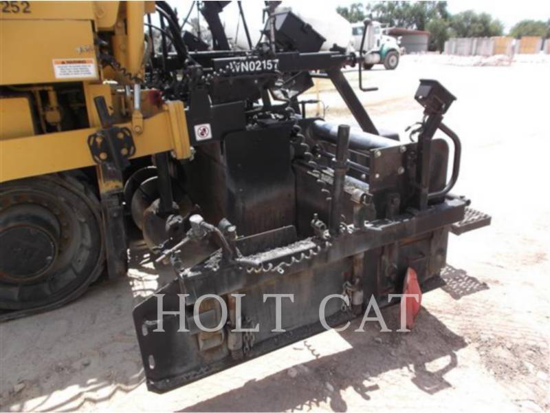 CATERPILLAR SCHWARZDECKENFERTIGER AP-1055D equipment  photo 10