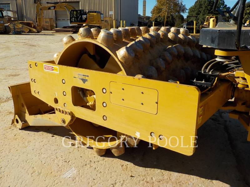 CATERPILLAR VIBRATORY SINGLE DRUM PAD CP56B equipment  photo 15
