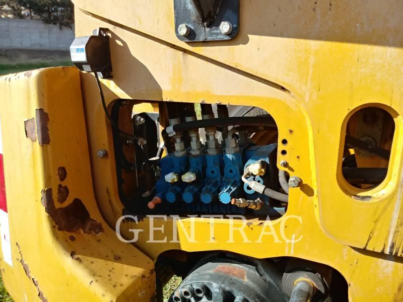 CATERPILLAR TELESKOPSTAPLER TH406 equipment  photo 13