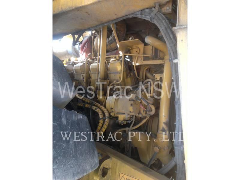 CATERPILLAR WATER TRUCKS 777D equipment  photo 13
