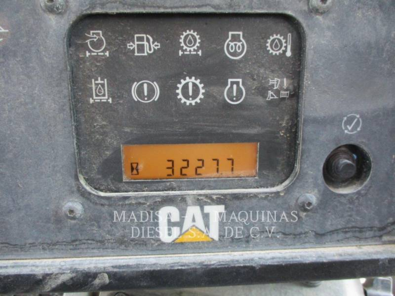CATERPILLAR MINING TRACK TYPE TRACTOR D 6 T equipment  photo 2