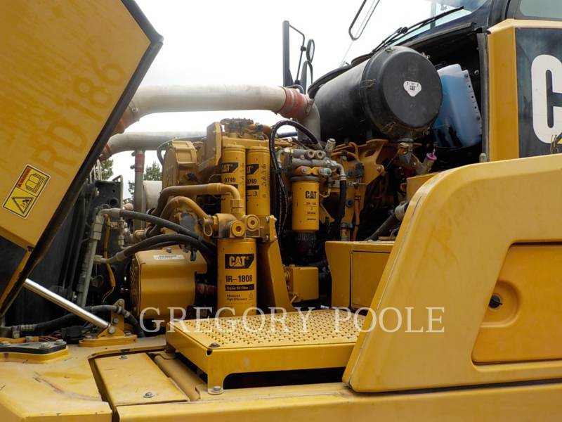 CATERPILLAR KNICKGELENKTE MULDENKIPPER 740B equipment  photo 16