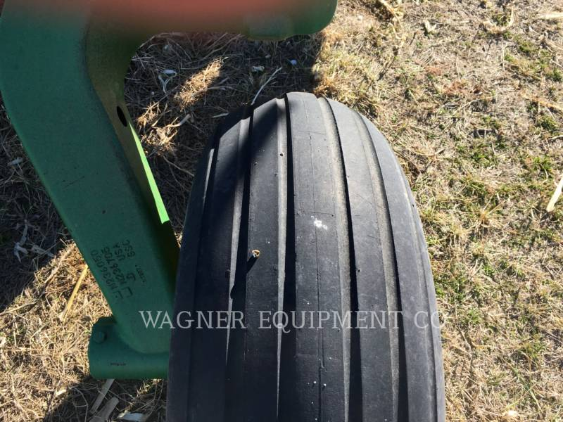 JOHN DEERE APPARECCHIATURE PER COLTIVAZIONE TERRENI 2200 equipment  photo 9