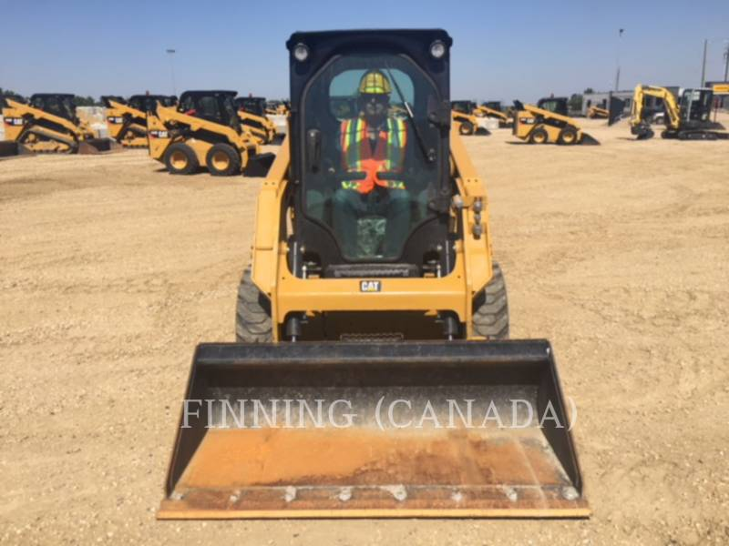 CATERPILLAR PALE COMPATTE SKID STEER 226D equipment  photo 1