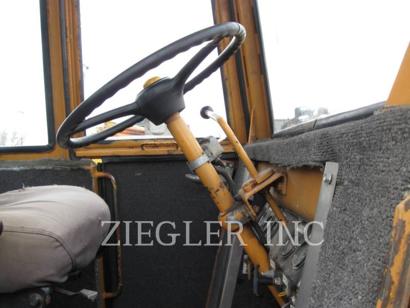 CASE/NEW HOLLAND WHEEL LOADERS/INTEGRATED TOOLCARRIERS W24B equipment  photo 15