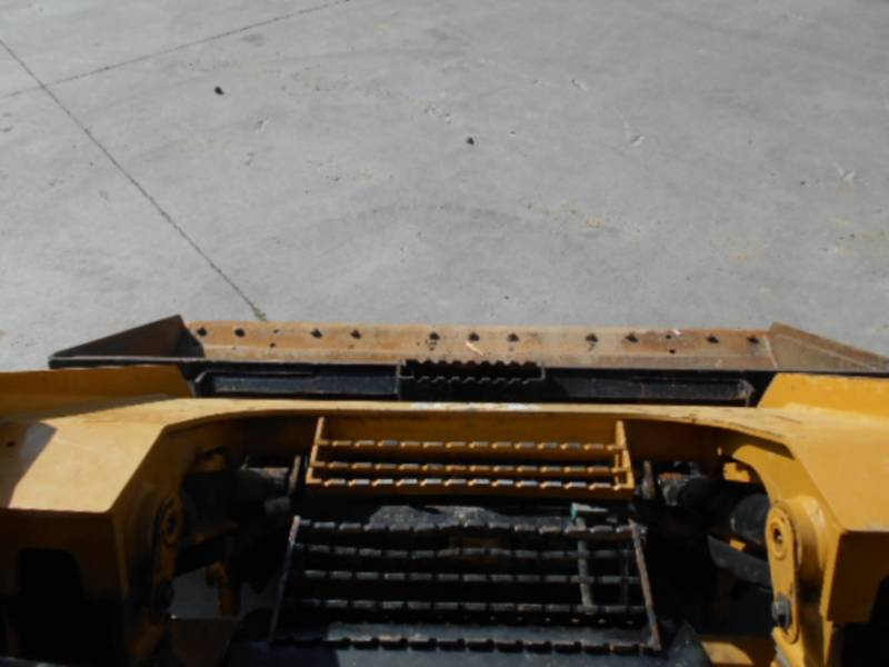 CATERPILLAR SKID STEER LOADERS 262D equipment  photo 23