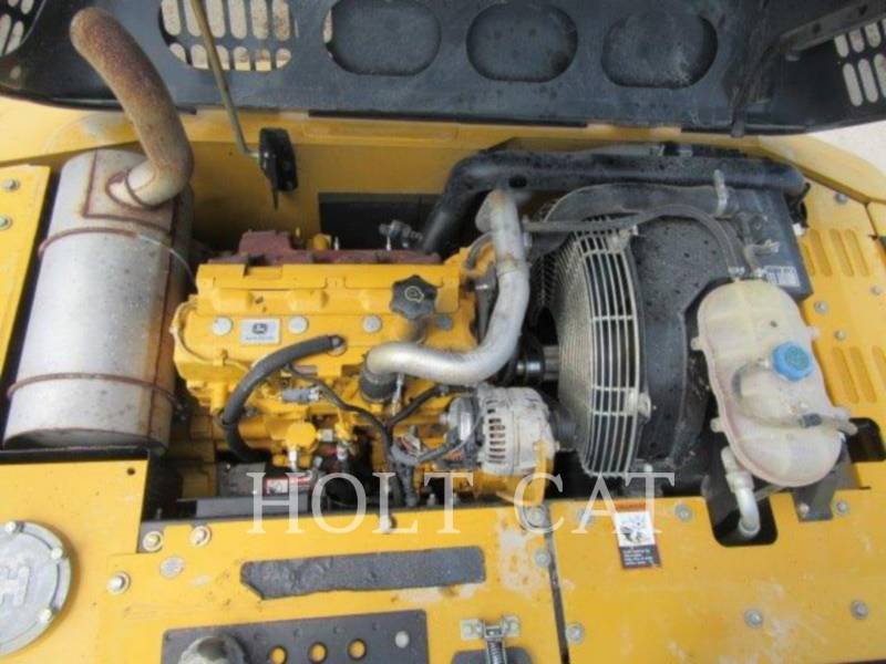 DEERE & CO. KETTEN-HYDRAULIKBAGGER 120D equipment  photo 15