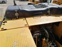 CATERPILLAR TRACK EXCAVATORS 323D2L equipment  photo 14