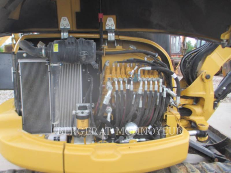 CATERPILLAR トラック油圧ショベル 305ECR equipment  photo 8