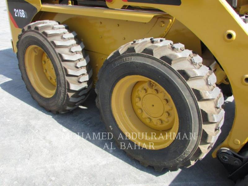 CATERPILLAR SKID STEER LOADERS 216 B SERIES 3 equipment  photo 9