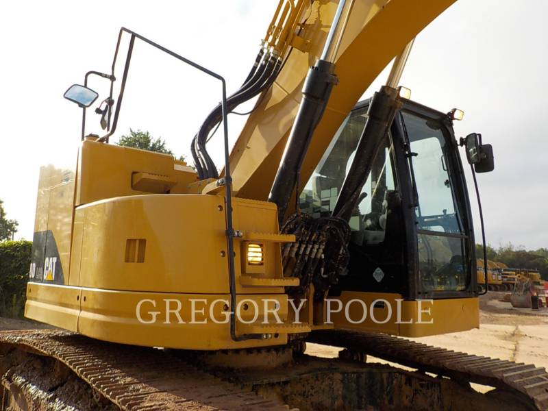 CATERPILLAR TRACK EXCAVATORS 328D LCR equipment  photo 5