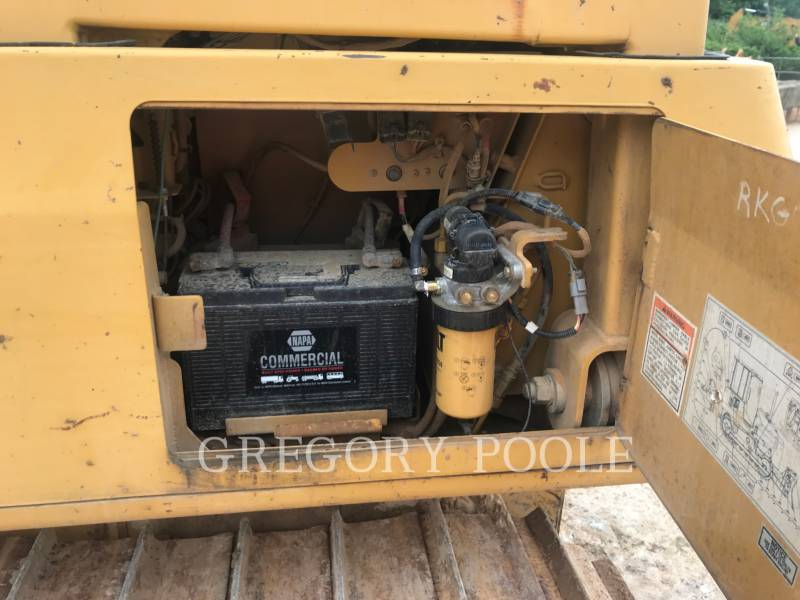 CATERPILLAR KETTENDOZER D5G LGP equipment  photo 21