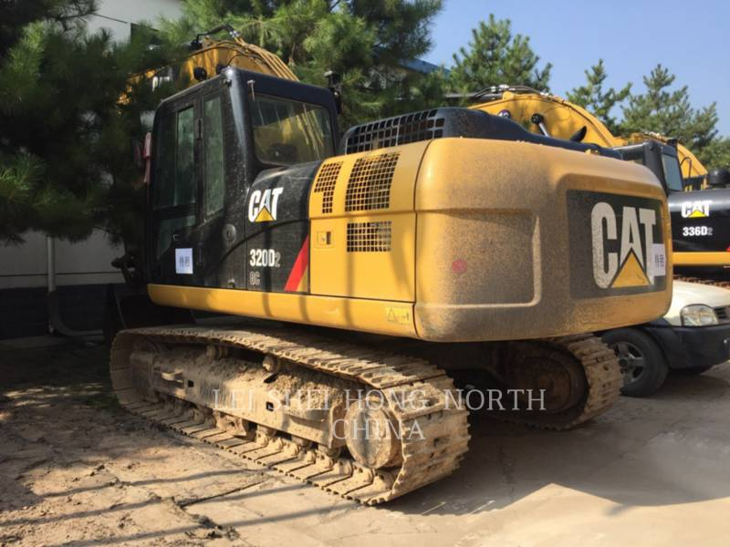 CATERPILLAR トラック油圧ショベル 320D2GC equipment  photo 1