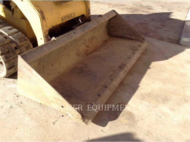 CATERPILLAR PALE CINGOLATE MULTI TERRAIN 299D equipment  photo 9