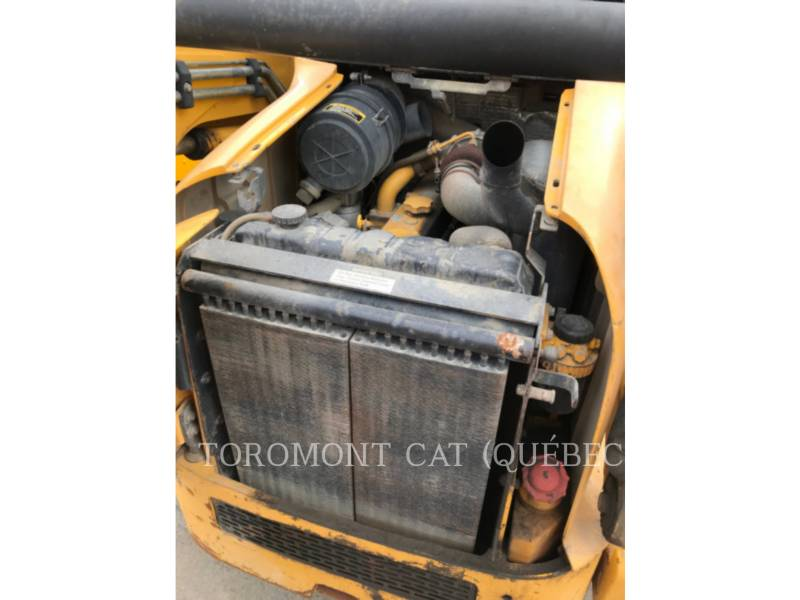 JOHN DEERE CHARGEURS COMPACTS RIGIDES 280 SERIE 2 equipment  photo 11