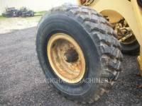 CHAMPION MOTOR GRADERS 710A equipment  photo 6