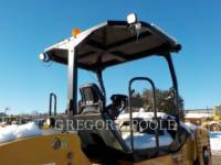 CATERPILLAR TANDEMVIBRATIONSWALZE, ASPHALT CB-54 equipment  photo 13