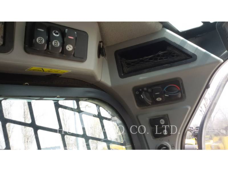 CATERPILLAR PALE COMPATTE SKID STEER 246 D equipment  photo 18