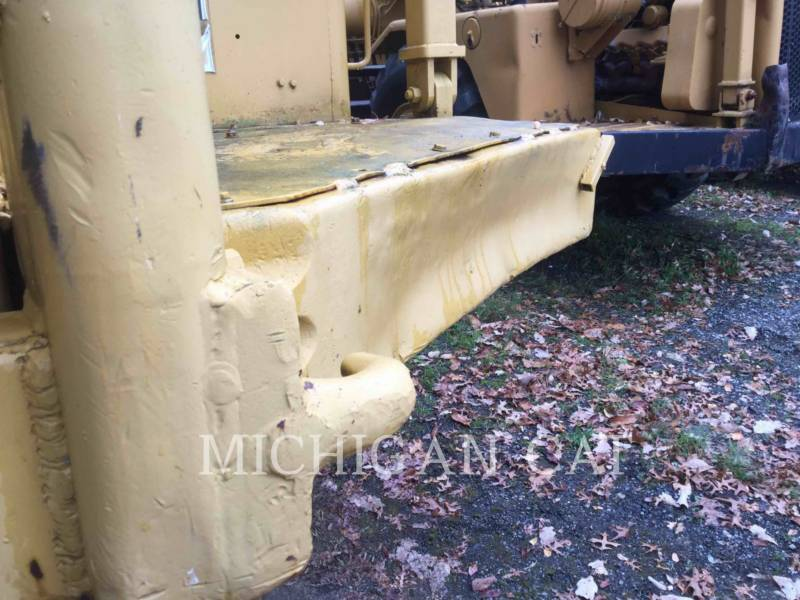 CATERPILLAR SCRAPER PER TRATTORI GOMMATI 631C equipment  photo 9