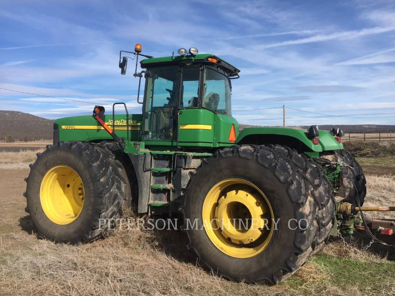 DEERE & CO. TRACTEURS AGRICOLES JD9320 equipment  photo 3