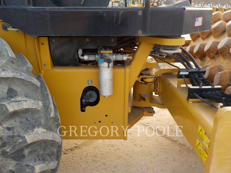 CATERPILLAR COMPACTEUR VIBRANT, MONOCYLINDRE À PIEDS DAMEURS CP-56B equipment  photo 19