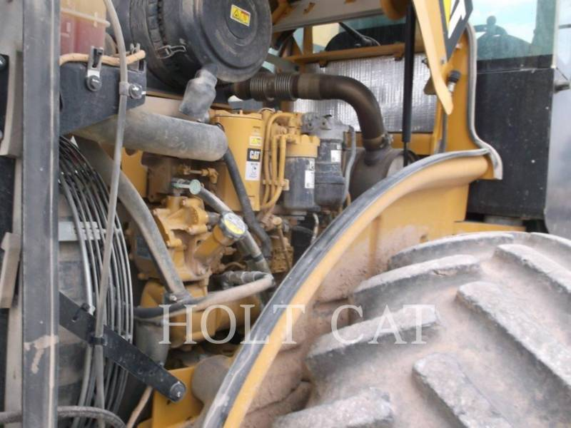 CATERPILLAR COMPATTATORE A SINGOLO TAMBURO VIBRANTE TASSELLATO CP56B equipment  photo 8