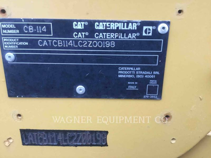 CATERPILLAR COMPACTADORES CB-114 equipment  photo 6
