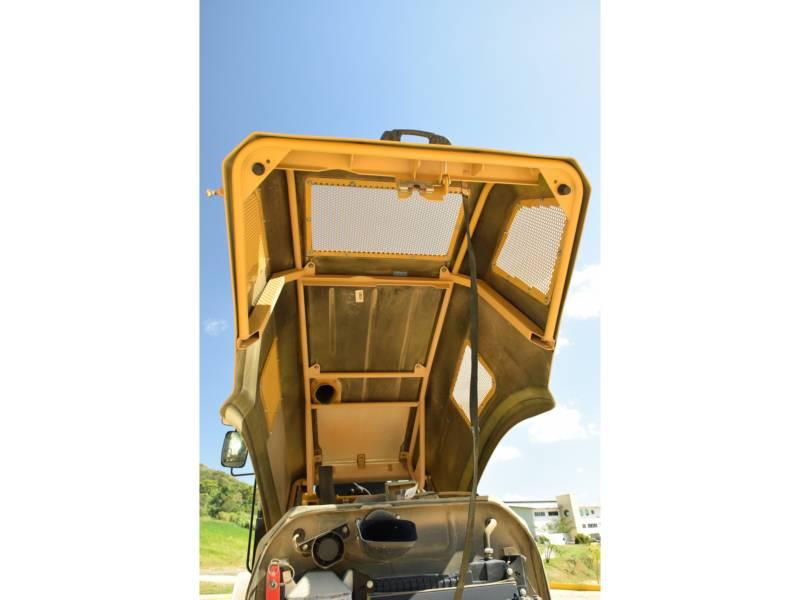 CATERPILLAR 振動シングル・ドラム・スムーズ CS78B equipment  photo 11