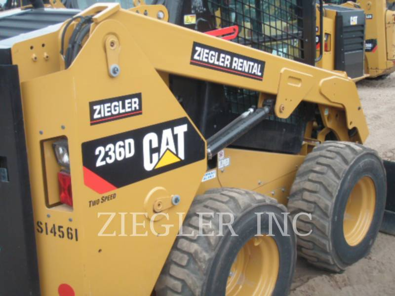 CATERPILLAR SKID STEER LOADERS 236DSR equipment  photo 2