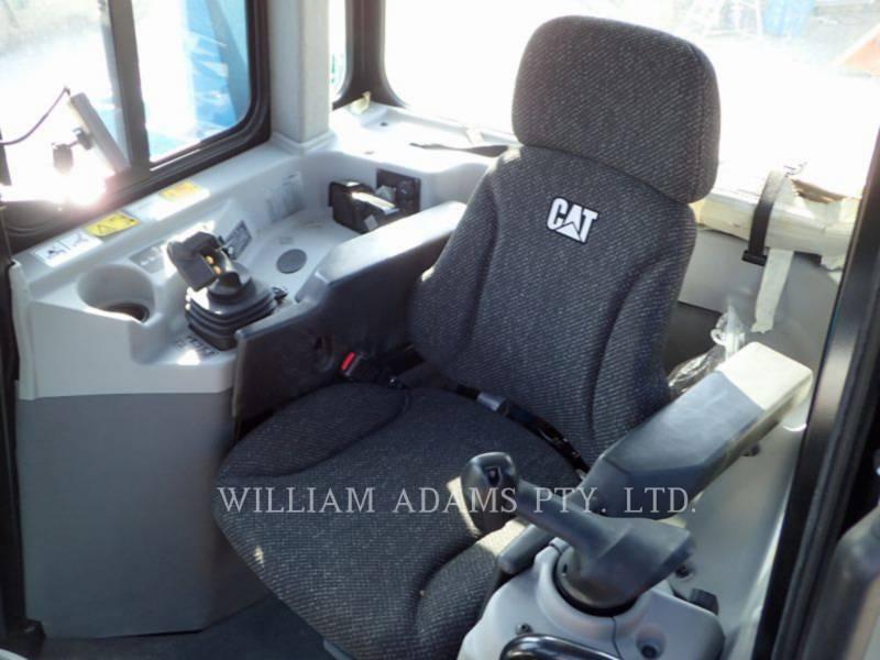 CATERPILLAR TRACTEURS SUR CHAINES D6T LGP equipment  photo 1