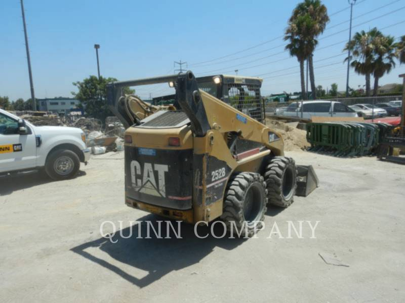 CATERPILLAR MINICARREGADEIRAS 252B equipment  photo 5