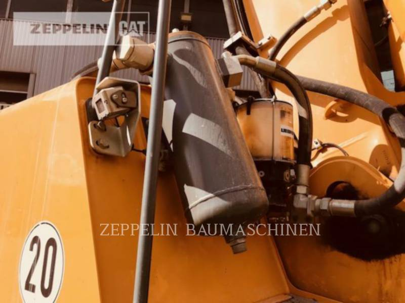 LIEBHERR KOPARKI KOŁOWE A904CLIT equipment  photo 24