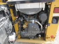 CATERPILLAR MULTI TERRAIN LOADERS 239D equipment  photo 8