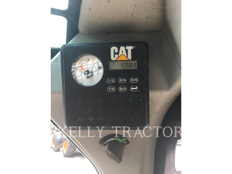 CATERPILLAR CHARGEURS TOUT TERRAIN 257D equipment  photo 14