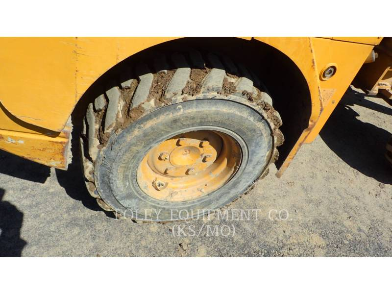 CATERPILLAR WHEEL LOADERS/INTEGRATED TOOLCARRIERS 904B equipment  photo 11