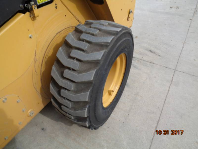 CATERPILLAR MINICARGADORAS 262D equipment  photo 14