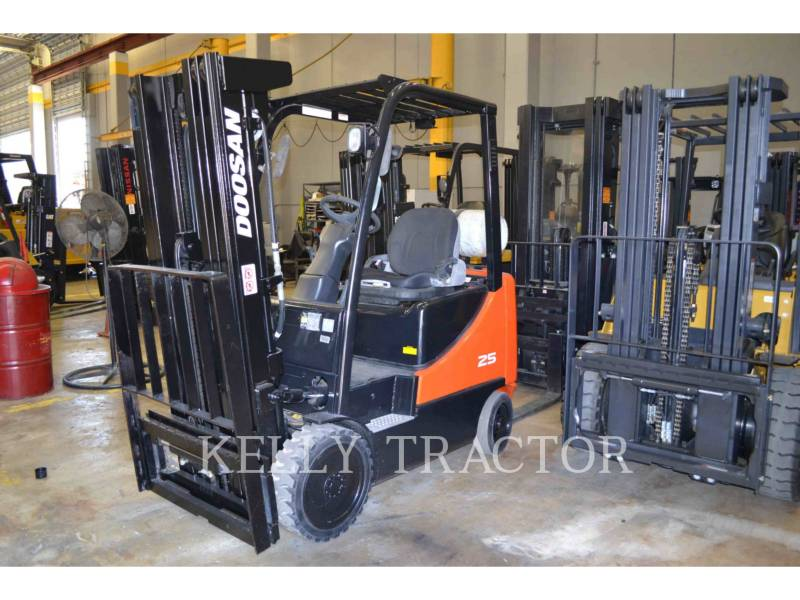 DOOSAN INFRACORE AMERICA CORP. FORKLIFTS GC25P-5 equipment  photo 1