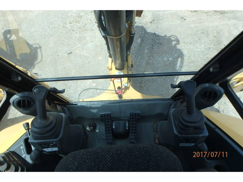 CATERPILLAR BACKHOE LOADERS 416F2ST equipment  photo 11