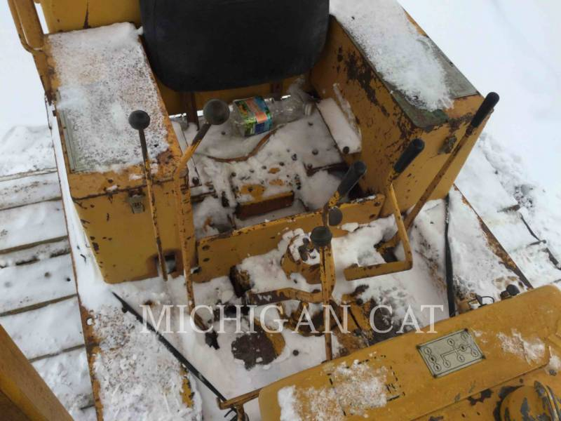 CATERPILLAR TRACTORES DE CADENAS D4D equipment  photo 9