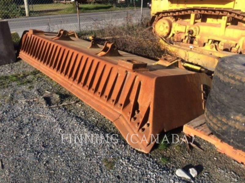 KOMATSU TRACK TYPE TRACTORS D155AX equipment  photo 6