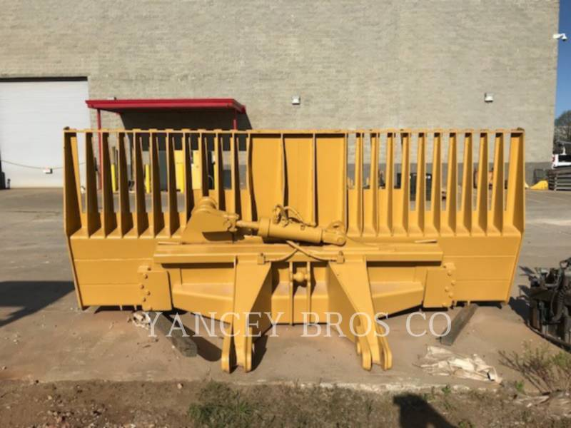 CATERPILLAR COMPACTADORES 826H equipment  photo 12