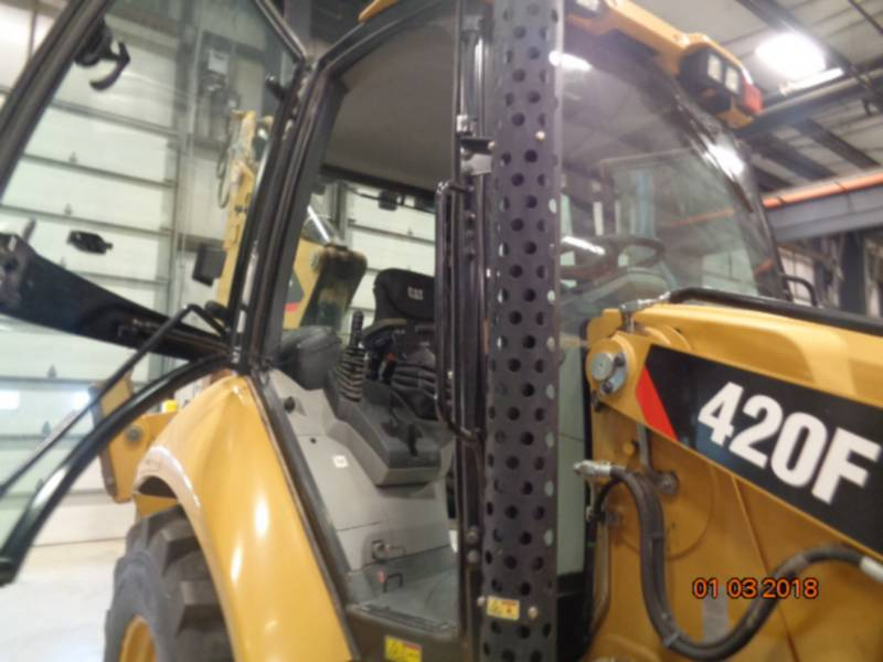 CATERPILLAR バックホーローダ 420FST equipment  photo 21