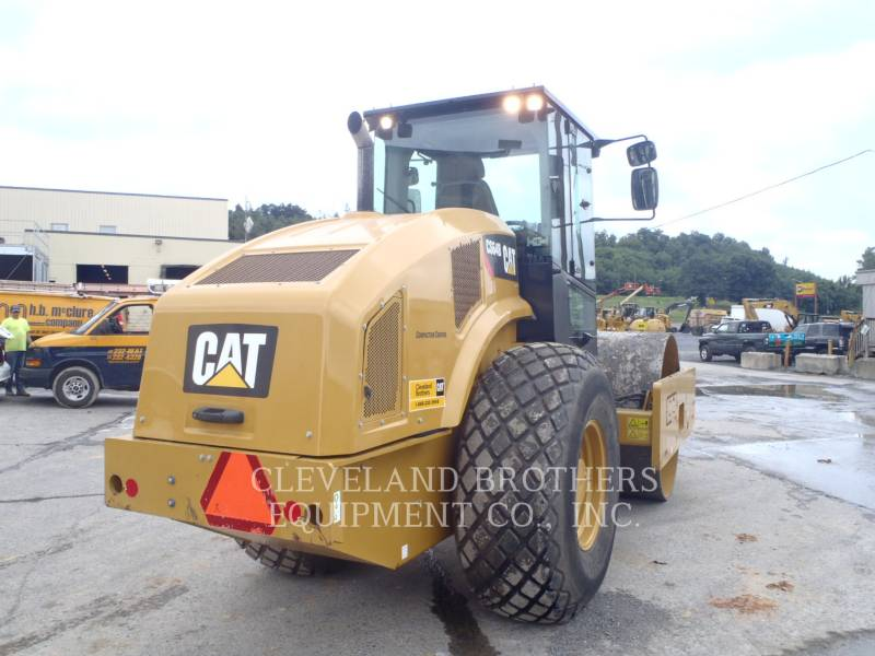 CATERPILLAR COMPACTEUR VIBRANT, MONOCYLINDRE LISSE CS64B equipment  photo 3
