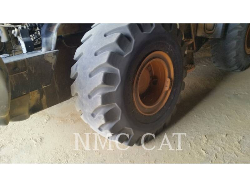 CATERPILLAR WHEEL LOADERS/INTEGRATED TOOLCARRIERS 821E equipment  photo 3